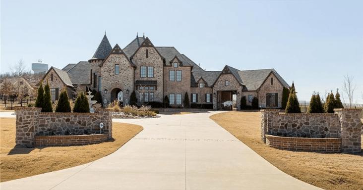 Former Hog Coach Bret Beilema Sells Fayetteville Estate ….Adding To His Arkansas Windfall