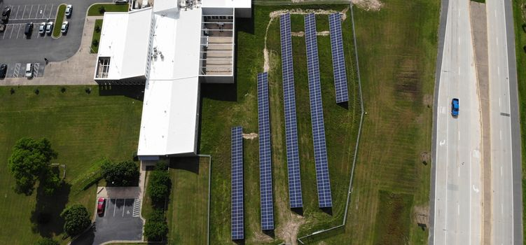 Seal Solar co-founder Heather Nelson explains shift to solar design and installations thumbnail